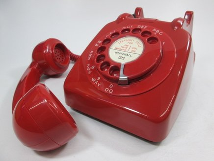 red-706-telephone
